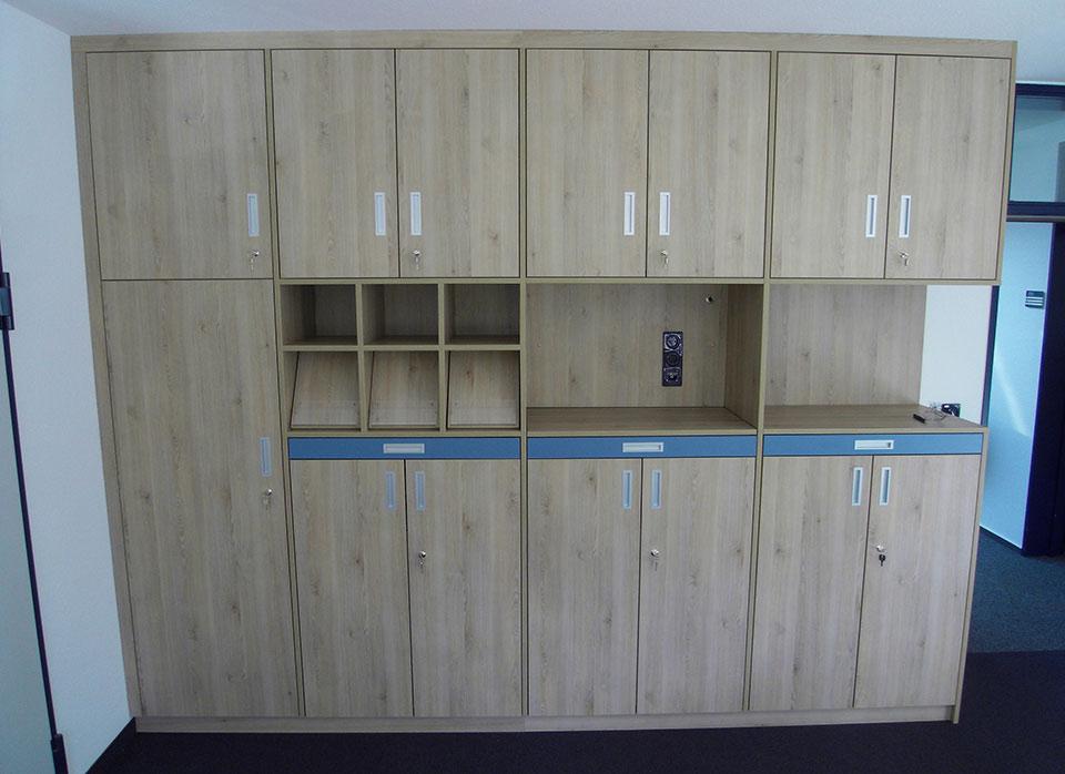 Referenzen - Büroeinrichtung F.Design_10