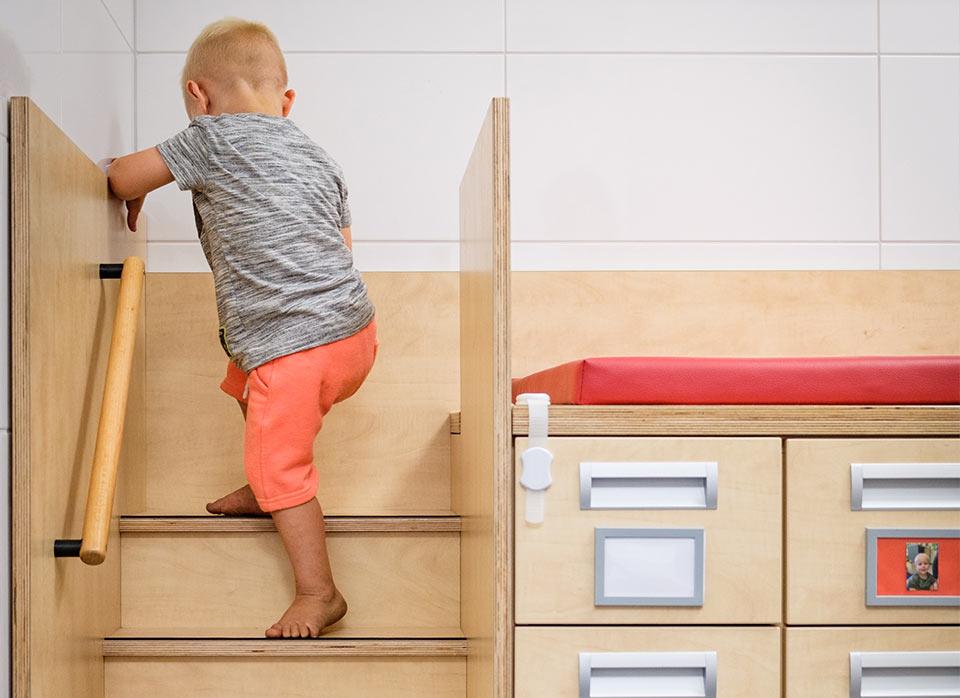 Referenzen Kindergartenmöbel F.Design_13