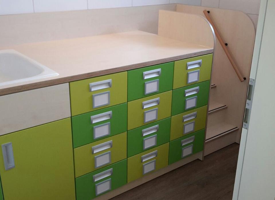 Referenzen Kindergartenmöbel F.Design_35