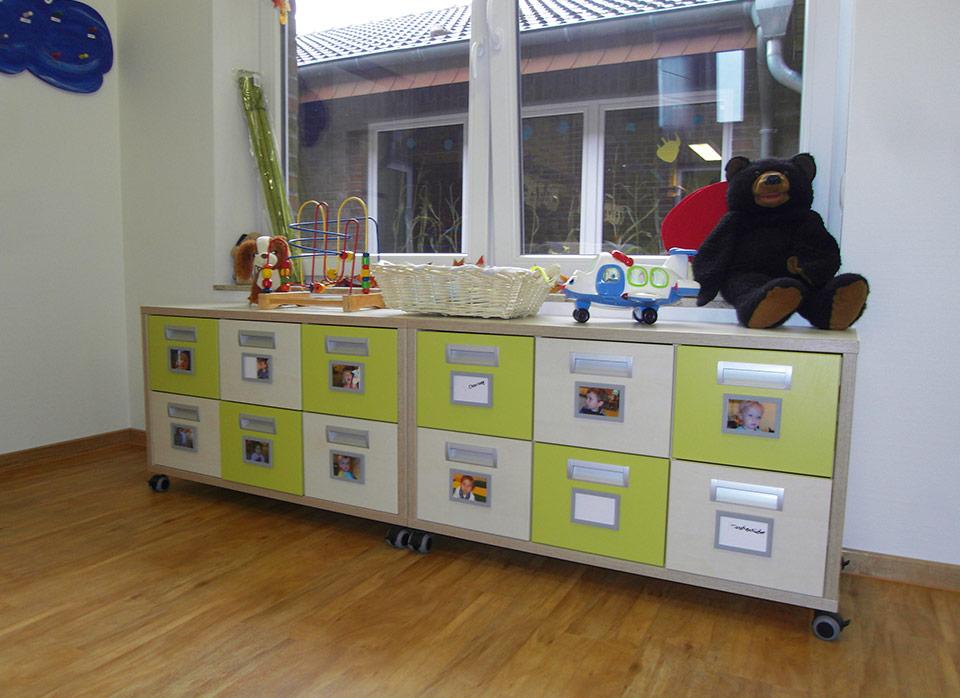 Referenzen Kindergartenmöbel F.Design_37