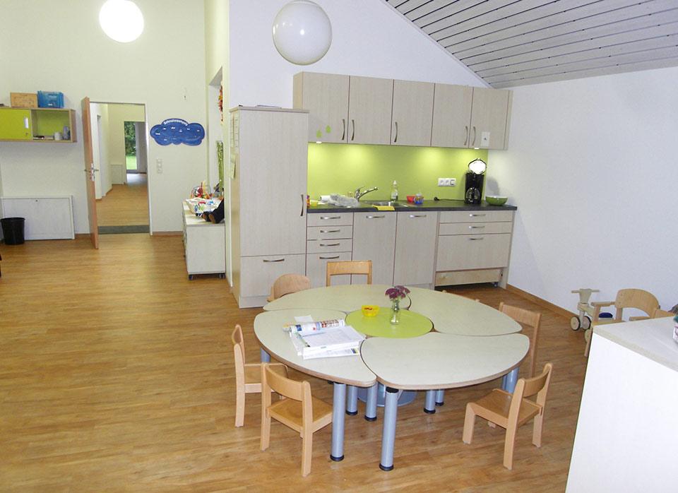 Referenzen Kindergartenmöbel F.Design_38