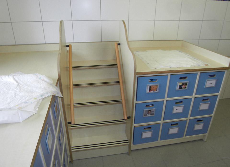 Referenzen Kindergartenmöbel F.Design_40